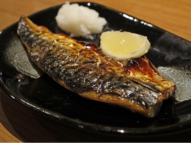 15 Health Benefits of Mackerel (+8 Delicious Mackerel Recipes)